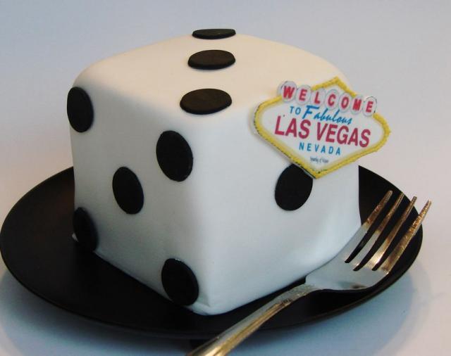 Las Vegas Dice Mini Cake Jpg Hi Res 720p Hd