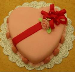 Valentine cake decor ideas pictures.PNG