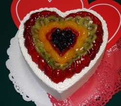 Valentine fruit cake picture.PNG