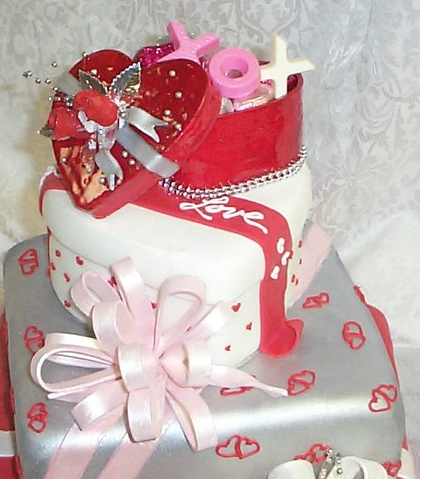 Valentine Wedding Cake In Three Tiers And Cool Cake