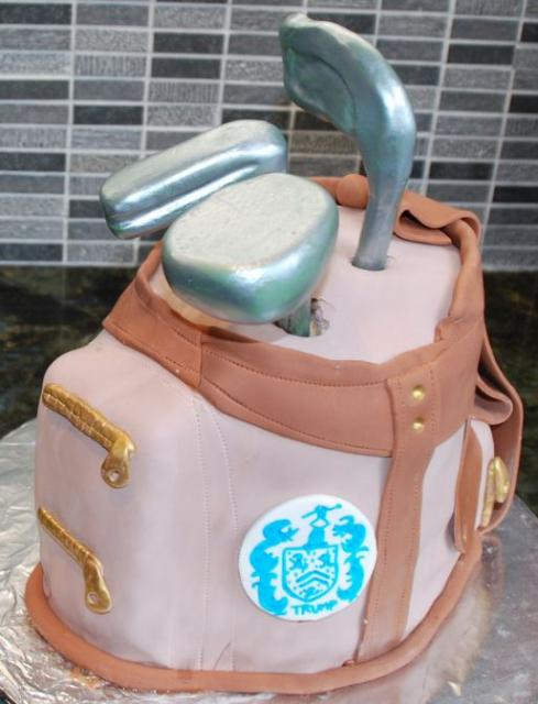 Golf Bag Birthday Cake With Clubs Sticking Outg