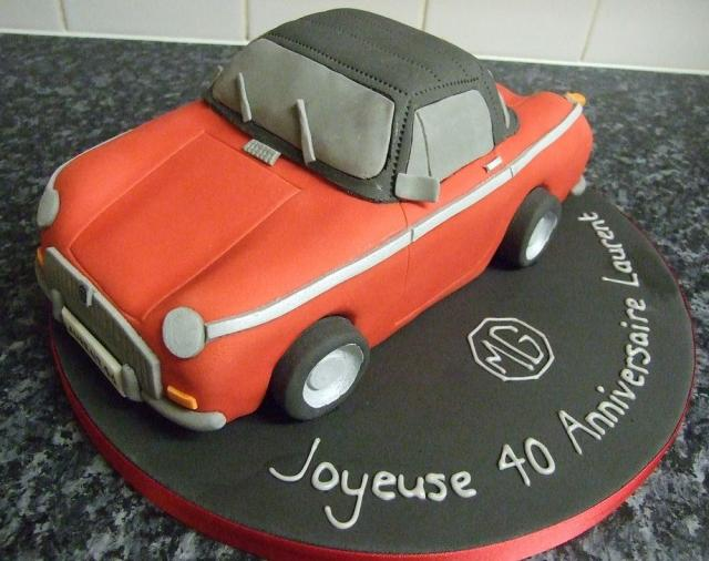 Red classic convertable car cake.JPG
