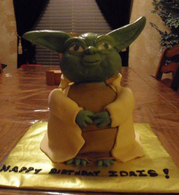 Star Wars Yoda Birthday Cake Jpg 2 Comments
