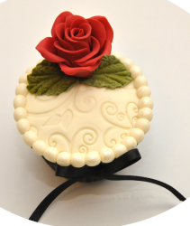Trendy Mother's Day Cupcake with red rose.PNG