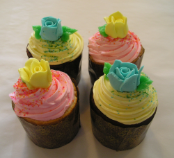 Colorful Happy Mother's Day Cupcakes picture.PNG
