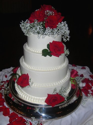 Cake Ideas With Red Roses : Wedding Accessories Ideas