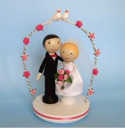 Picture of Romantic Wedding Cake Topper with turtle doves and roses.PNG