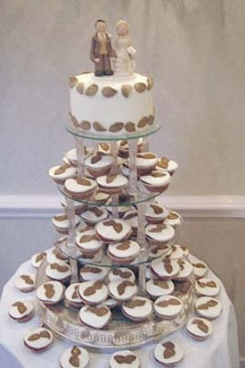 cute cup cake wedding