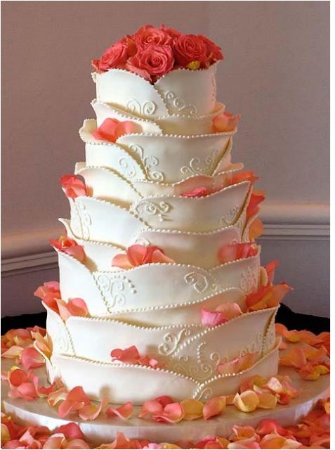 White Chocolate Petals Unique Shape Wedding With Fresh