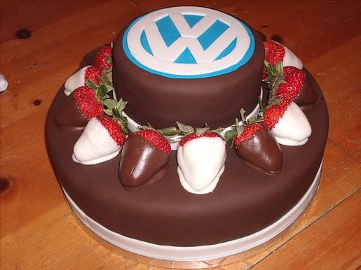 Car Craft Vw >> VW logo Groom cake.jpg