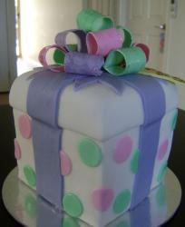 White gift box cake with bow and pokadots.JPG