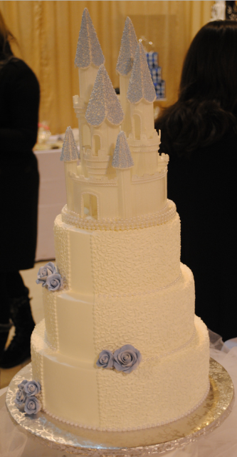 Disney castle cake topper picture.PNG