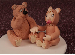 Bear and Baby Cake Topper in light bronw.PNG