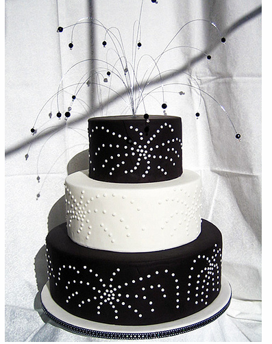 black wedding cakes designs black and white fireworks wedding cake toppers png 1 comment 11882