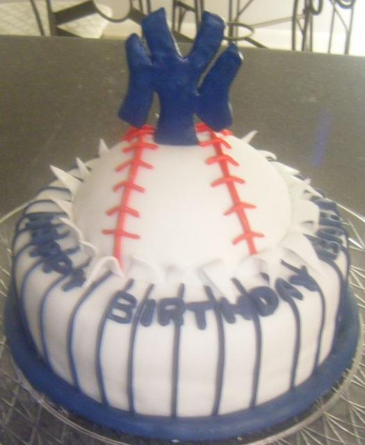 New York Yankees baseball birthday cake.JPG