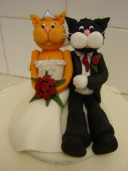 Cats cake toppers for wedding.PNG