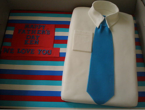 Cool father's day shirt and tie cake picture.PNG