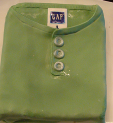 Father's day Gap shirt cake in green.PNG