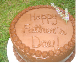 Picture of vegan chocolate father's day cake.PNG