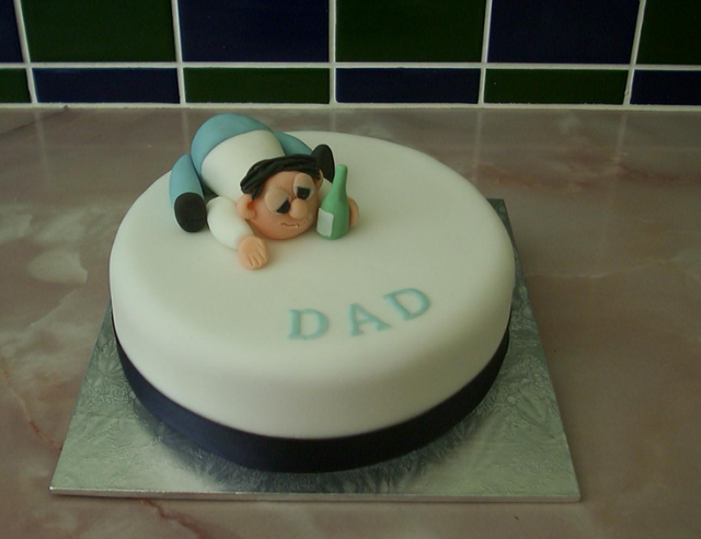 Fun father s day cake decor picture.PNG (1 comment)