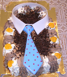 Image of fathers day tie cake.PNG