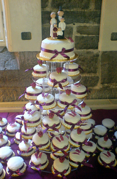 Wedding Cake Picture on Wedding Cake Mini Claret Jpg