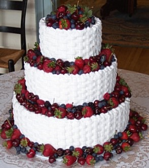 fruit wedding cake ideas fruit wedding cake picture 14511