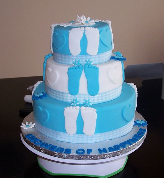 picture of three tier baby shower cake w footprints