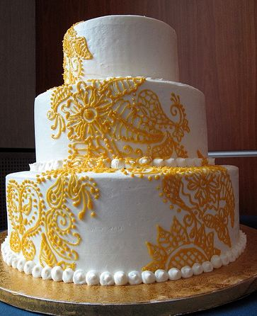 Cake With Gold Decoration : 3 tier white wedding cake with gold decor.JPG
