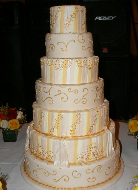 7 Tier Wedding Cake With Gold Trim Jpg Hi Res 720p Hd