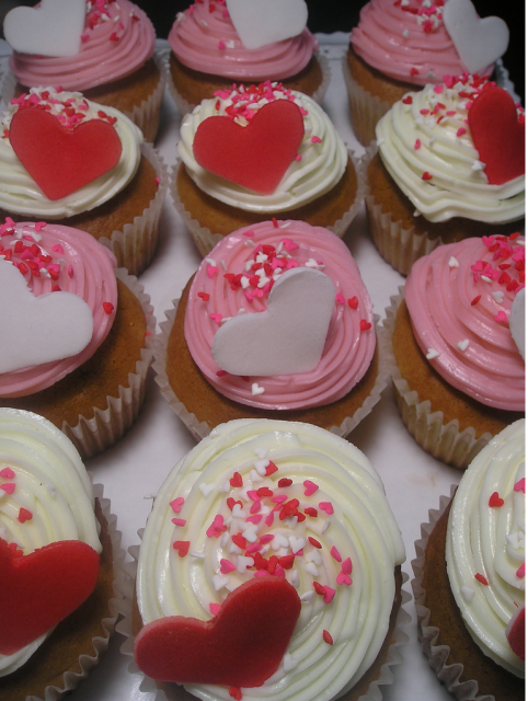 Heart cupcakes pictures.PNG
