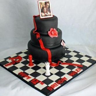 Terrific Three Tier Round Chocolate Birthday Cake On Chess Board Jpg Funny Birthday Cards Online Overcheapnameinfo