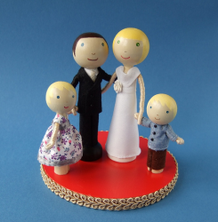 Custom Wedding Cake Topper with childr image.PNG