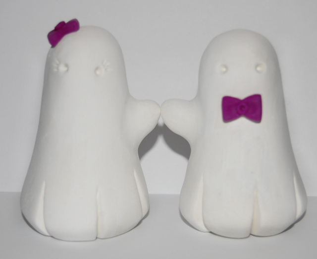 Cute Ghosts Wedding Cake Topper.PNG