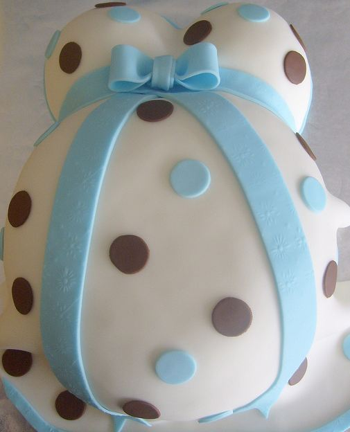 fotos baby shower cake blue and white with baby topper