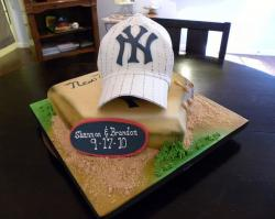 New York Yankees theme groom's cake with baseball cap and home plate.JPG