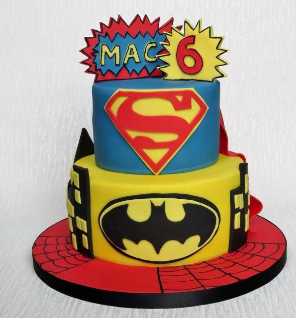 Pictures Of Superman Birthday Cakes