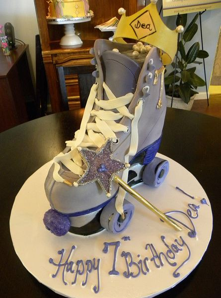 Roller skate 7th birthday cake.JPG