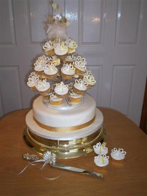 Individual Cup Cakes Fruit Wedding Cake