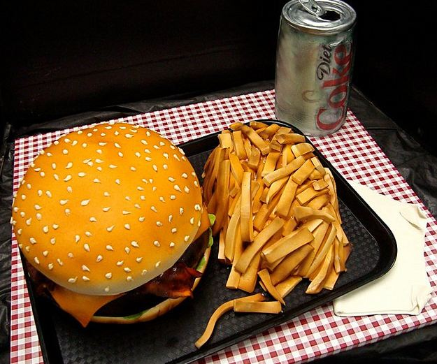 Burger+and+fries+cake+with+diet+Coke.JPG