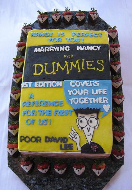 Humorous Groom's Cake with Dummies book theme.JPG