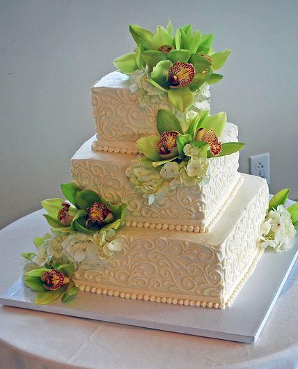 Square Wedding Cake With Fresh Flowers Three Tier Ivory