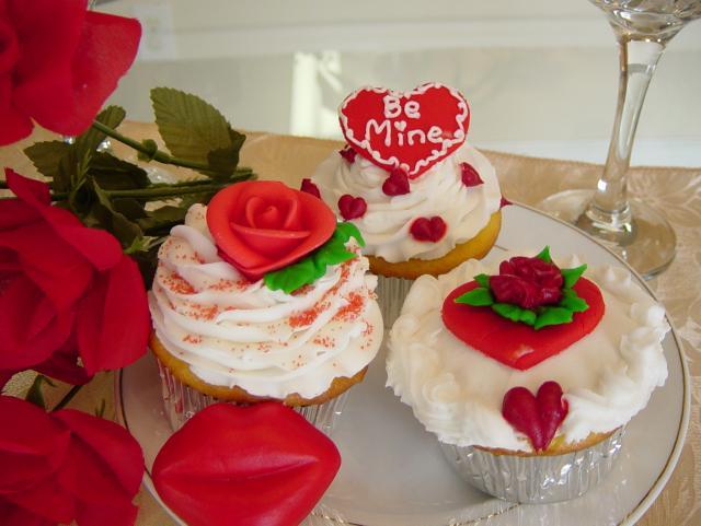 Sweetheart Cupcakes Hi-Res 1440P QHD