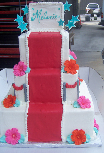 Floral Bat Mitzvah cake photo.PNG