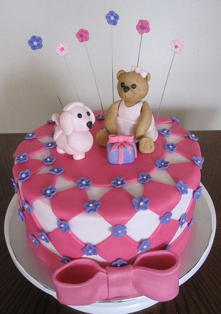 Round Pink Birthday Cake For Girls With Pink Bow And Teddy