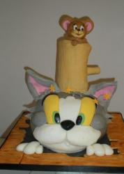 Tom and Jerry cake.JPG