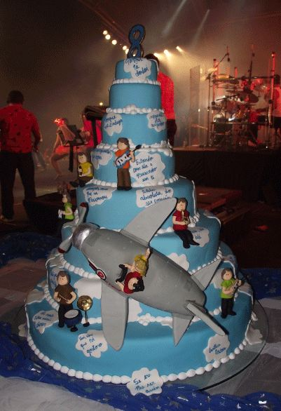 8 Tier Rock N Roll Band Cake Jpg