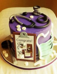 Purple graduation cake for a Doctor.JPG