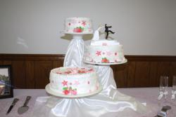 Wedding Cake pretty in pink