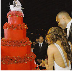 Tony Parker and Eva Longoria wedding cake in red with red roses.PNG